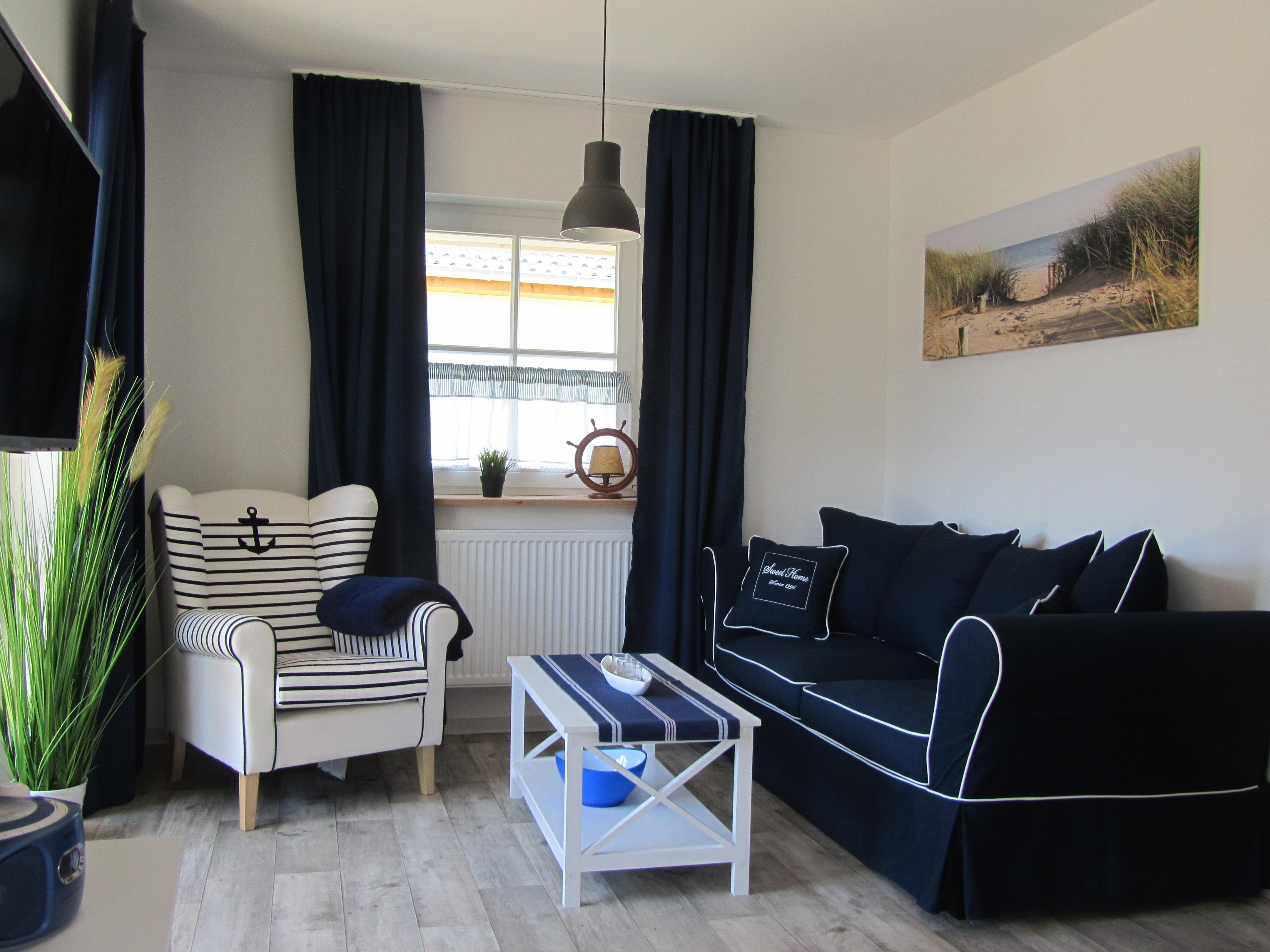 willkommen in gingst auf r gen ferienhaus ankerplatz r gen in gingst maritime ferienwohnung. Black Bedroom Furniture Sets. Home Design Ideas